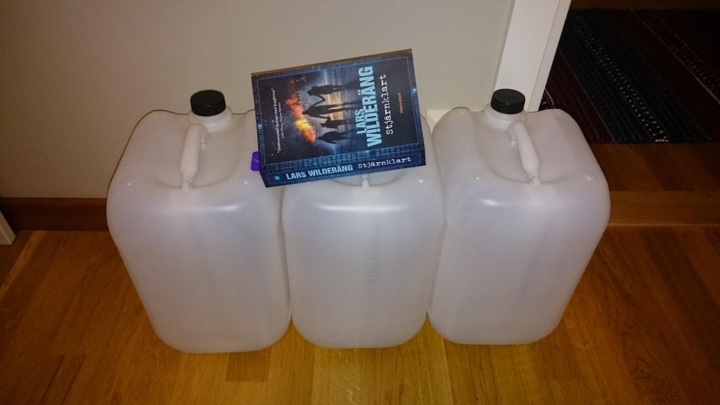 60 liter vatten och 400 sidor samhällskollaps